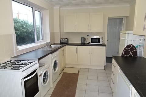 5 bedroom end of terrace house to rent - Queen Street, Treforest