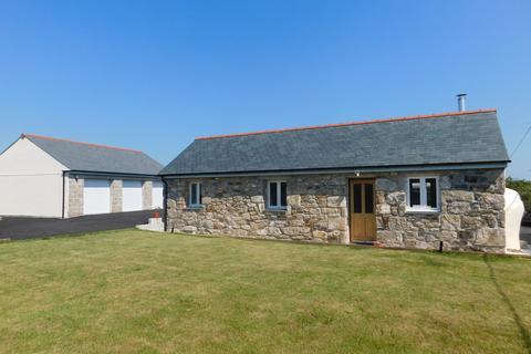 2 bedroom detached bungalow for sale - Trenerth Road, Leedstown
