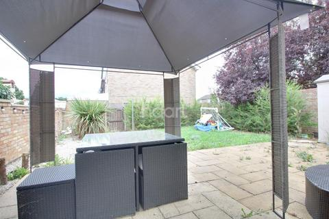 4 bedroom end of terrace house for sale - Borrowdale Walk, Northampton
