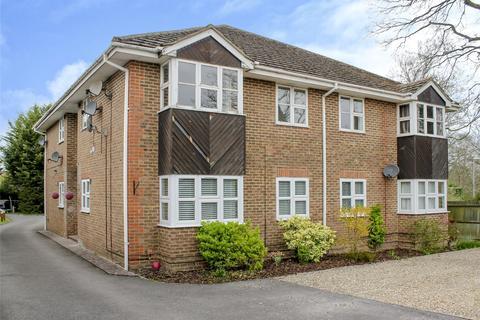 2 bedroom apartment to rent - Fairway Court, Binfield Road, Bracknell, Berkshire, RG42