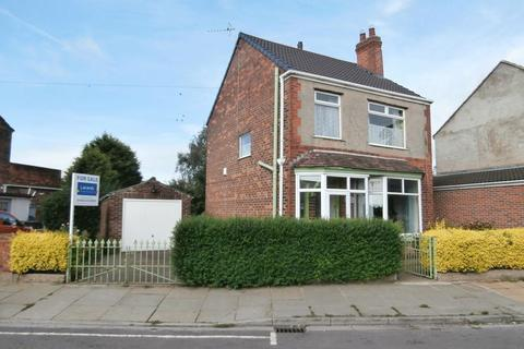 3 bedroom detached house for sale - Southcoates Avenue, Hull