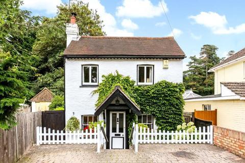 2 bedroom detached house to rent - Silwood Road, Ascot, Berkshire