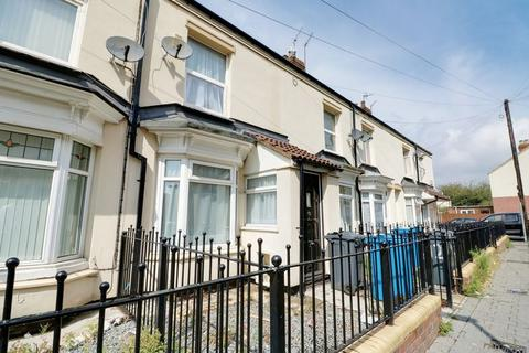 2 bedroom terraced house to rent - Colenso Avenue, Hull