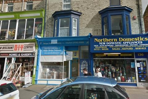 2 bedroom terraced house for sale - Victoria Road, Scarborough