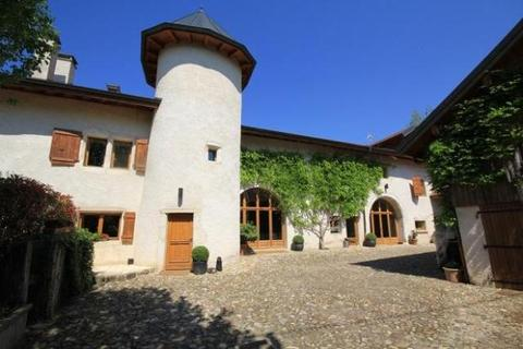 8 bedroom detached house  - Amazing Castle In Divonne-Les-Bains, Ain, Nr. Geneva