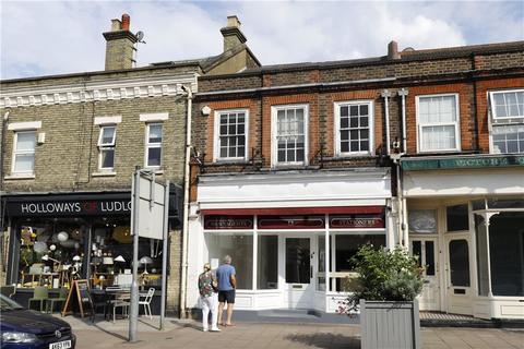 Retail property (high street) to rent - Church Road, Wimbledon Village, SW19