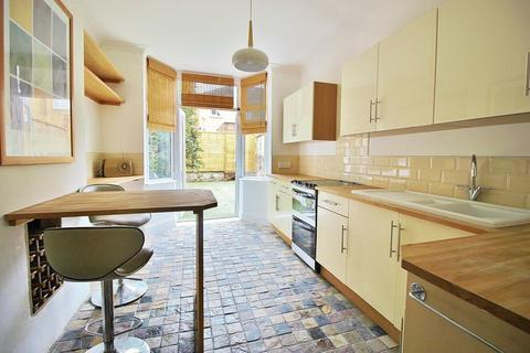 3 bedroom terraced house for sale - Frensham Road, Southsea
