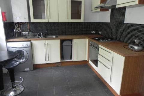 3 bedroom house to rent - Maple Crescent, Sketty, Swansea