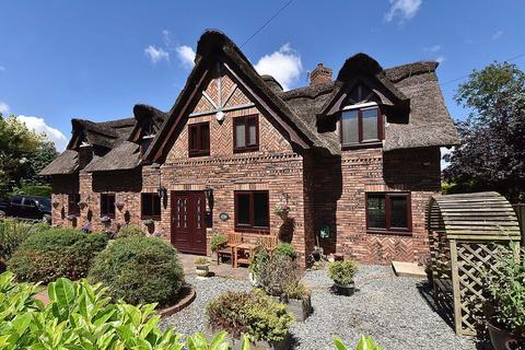 5 bedroom detached house for sale - Green Lane, Appleton Thorn
