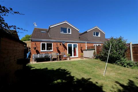 4 bedroom chalet for sale - Corse, Gloucester