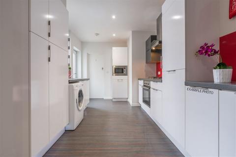 3 bedroom house share to rent - Heath Street, Newcastle