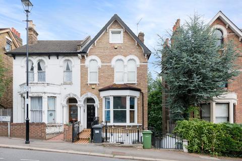 2 bedroom flat to rent - Vicars Hill SE13
