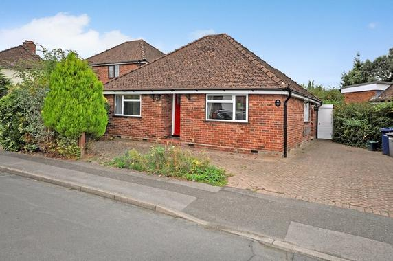Willow Road Farncombe 2 Bed Detached Bungalow 385 000