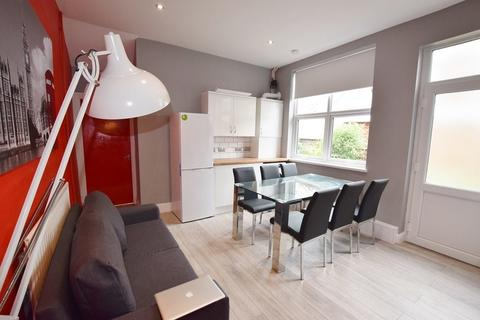 1 bedroom in a house share to rent - Newton Street, Stoke-On-Trent