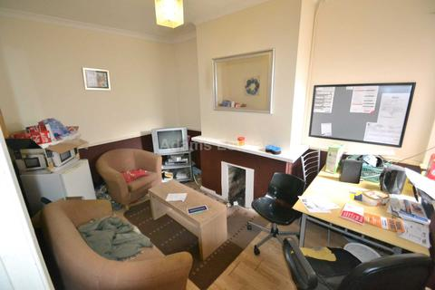 1 bedroom house share to rent - Filey Road, Reading