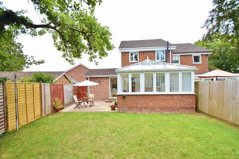 3 bedroom semi-detached house for sale - South Wonston