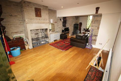 3 bedroom end of terrace house for sale - Keighley Road, Pecket Well, Hebden Bridge