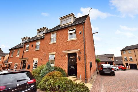 3 bedroom townhouse to rent - Mozart Way, Churwell, Morley, Leeds
