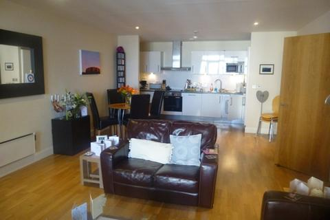 2 bedroom apartment to rent - Cymric House, West Bute Street, Cardiff Bay, Cardiff CF10