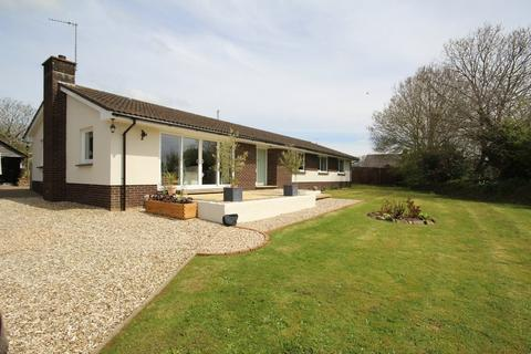 5 bedroom detached bungalow for sale - CHULMLEIGH