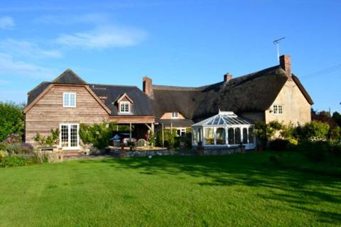 6 bedroom country house to rent - Tytherington