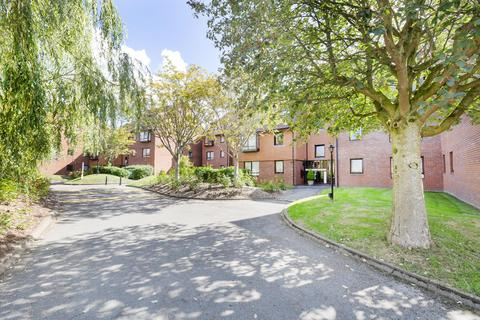 1 bedroom flat - Franklyn Court, Marina Gardens, BS16