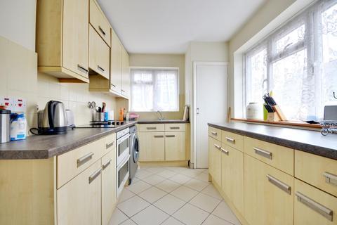 2 bedroom maisonette to rent - Fulham Close, Uxbridge, Middlesex UB10 0SU