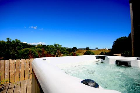 2 bedroom property for sale - Snowdonia Lodges, Hen Efail, Conwy