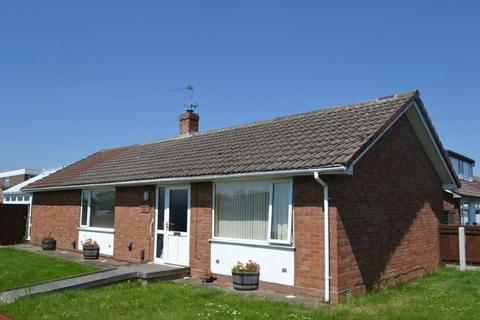 3 bedroom detached bungalow to rent - Gainsborough Drive, Tuffley, Gloucester
