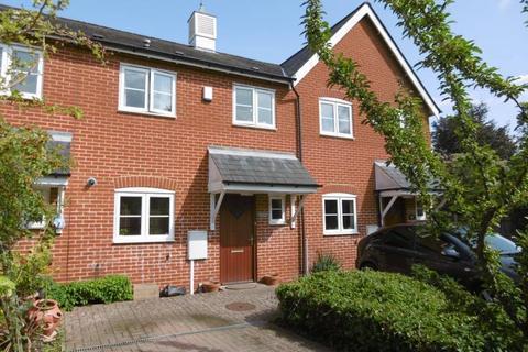 3 bedroom terraced house to rent - Cowden Close, Hawkhurst, Kent TN18 4QQ