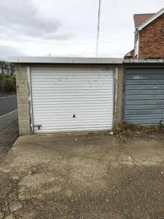Garage to rent - Sir Evelyn Road, Borstal, Rochester