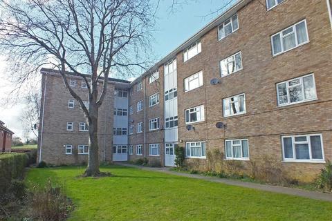 2 bedroom flat to rent - New Barn Avenue, Prestbury, Cheltenham