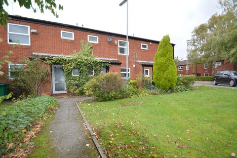 3 bedroom terraced house to rent - Chartwell Drive, Manchester, M23