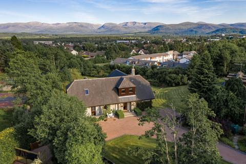 4 bedroom detached house for sale - Aviemore, PH22