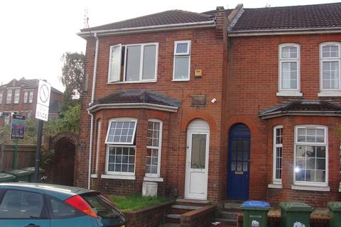 6 bedroom house share to rent - Earls Road