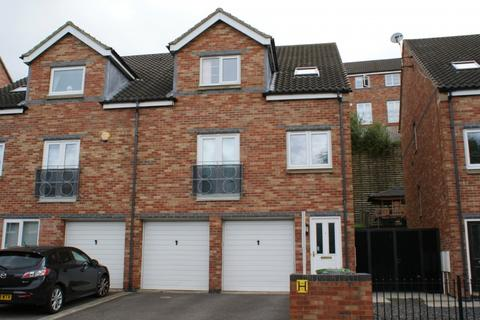 4 bedroom detached house to rent - St Cuthberts Road Village Heights NE8 2LX