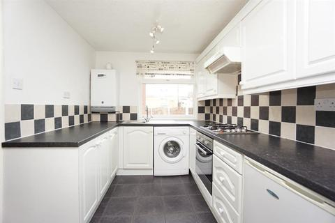 3 bedroom terraced house for sale - Hazlebarrow Road, Jordanthorpe, Sheffield, S8 8AU