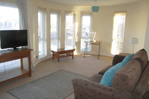 2 bedroom flat to rent - Gray Street, Top Floor, AB10