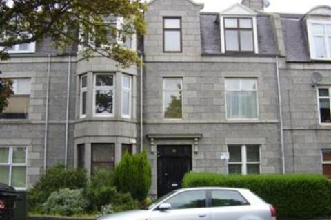 2 bedroom flat to rent - Union Grove, Top floor left, AB10