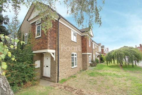 3 bedroom end of terrace house for sale - Gayton Close, Trumpington, Cambridge