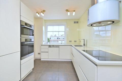3 bedroom apartment to rent - York Terrace West, Marylebone, NW1