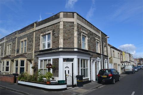 2 bedroom flat to rent - Chaplin Road, Bristol