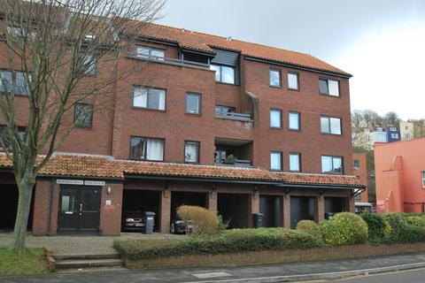 1 bedroom flat to rent - Rownham Court, Hotwells