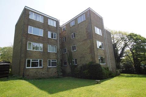 2 bedroom flat for sale - Steepdene, Lower Parkstone, Poole
