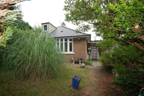 1 bedroom bungalow for sale - Chapel Way, Lower Compton, Plymouth. Fabulous little spot on a leafy lane. Semi-detached  bungalow with 1 bedroom.