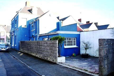 3 bedroom flat to rent - Great North road, Milford Haven
