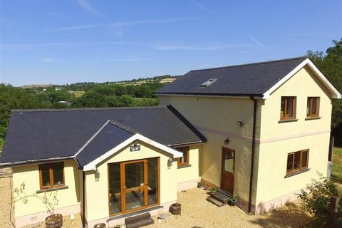 3 bedroom property with land for sale - Lampeter, Ceredigion, SA48