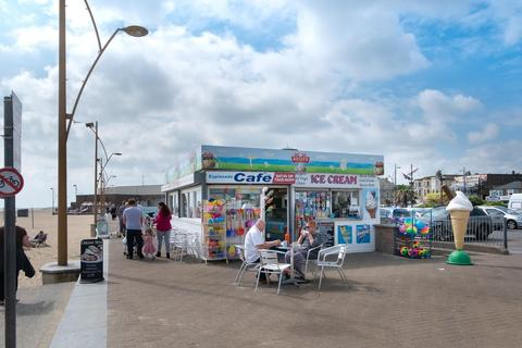 Restaurant for sale - Marine Parade, Great Yarmouth