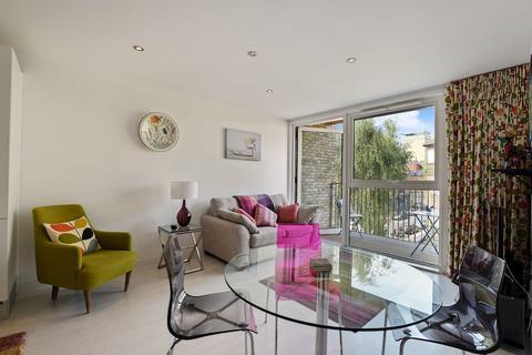 1 bedroom apartment to rent - Vintry Court, London Bridge