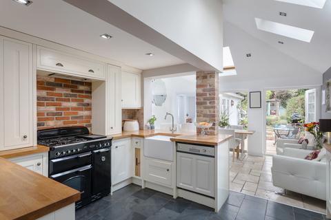 4 bedroom cottage for sale - Heath Cottage, Hatfield Heath